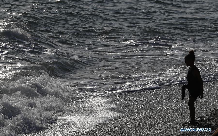 In pics: beach of Brighton in Britain