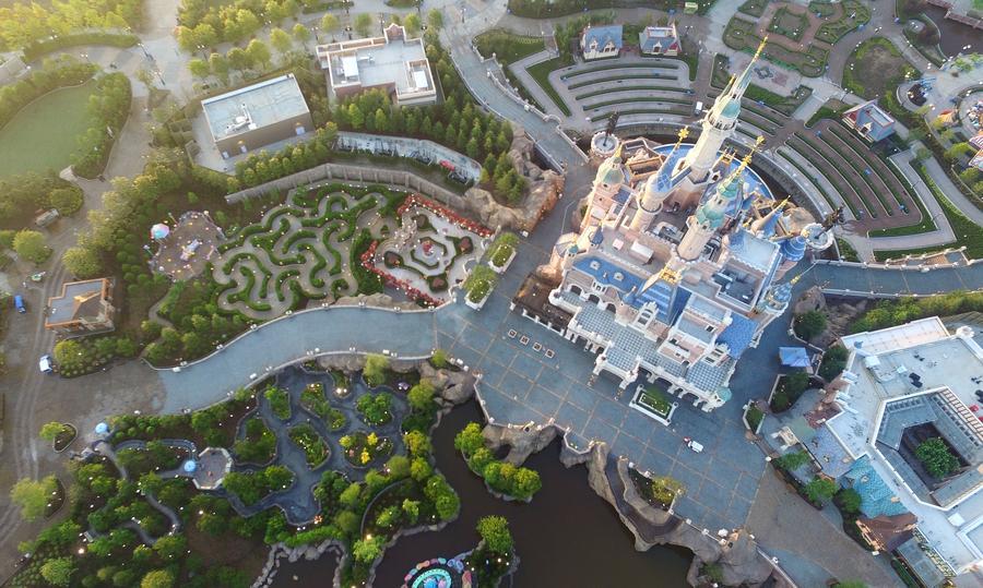 Shanghai Disney Resort welcomes 100 kinds of birds