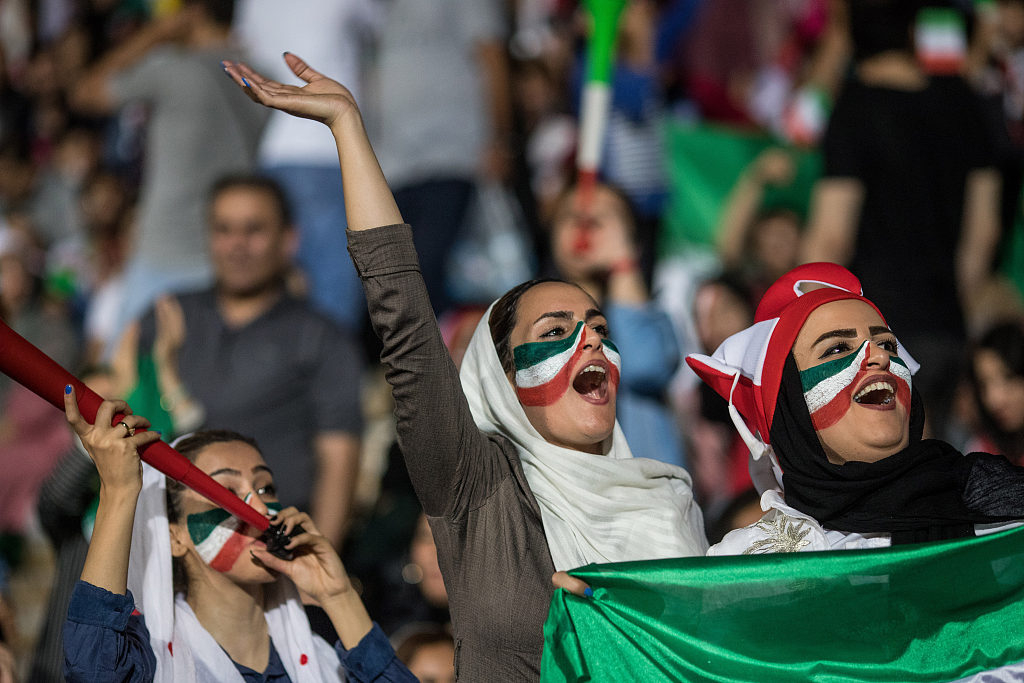 FIFA sees no obstacles for women to attend games in Iran
