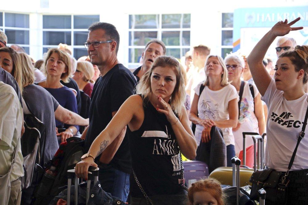 Effort to bring home stranded Thomas Cook travelers underway