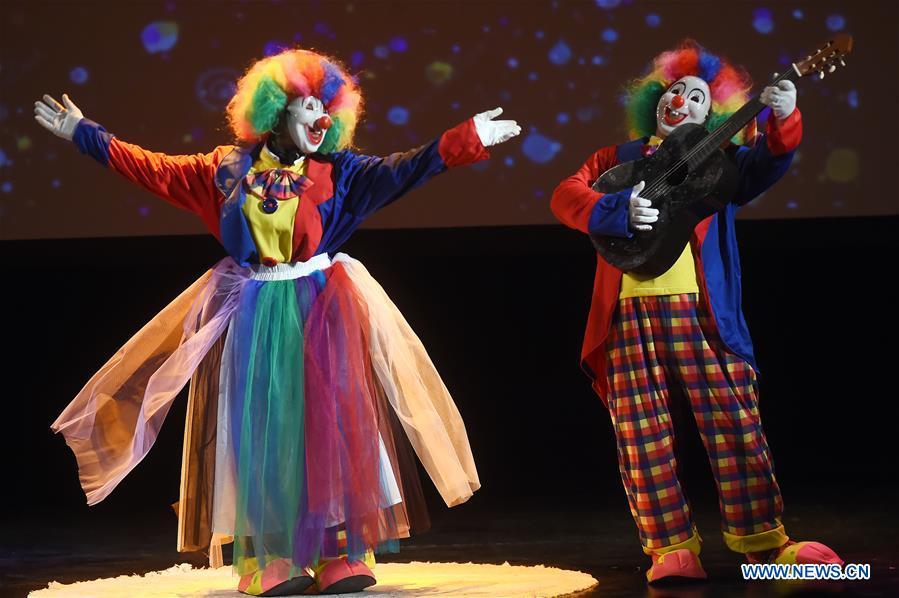 5th comedy night festival kicks off in Kuwait