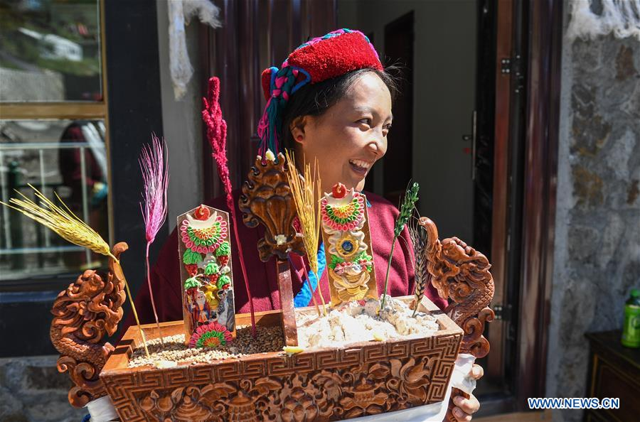 Housing conditions of Monba ethnic group improved in China's Tibet