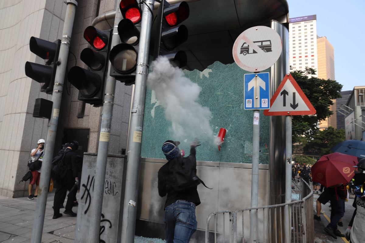 Over 400 students arrested as Hong Kong police warn against impetuous crimes