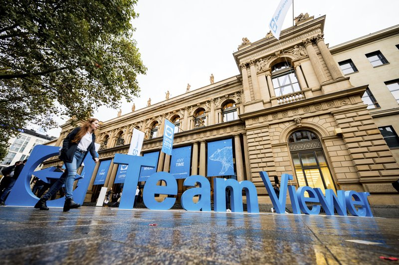IPO nets 2.21 bln euros for German software company TeamViewer