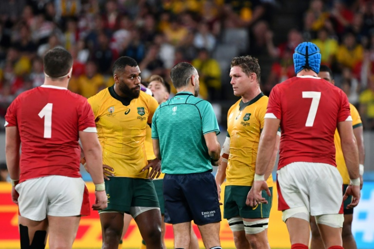 Leave the refs alone, says All Blacks coach