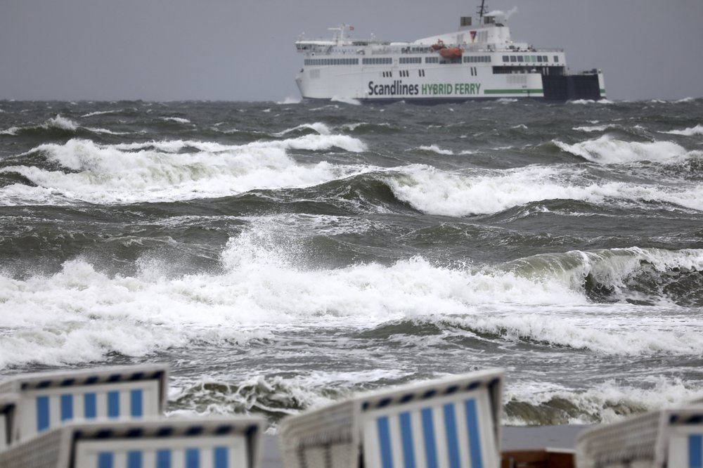 Storm in central Europe kills 3, disrupts travel and power