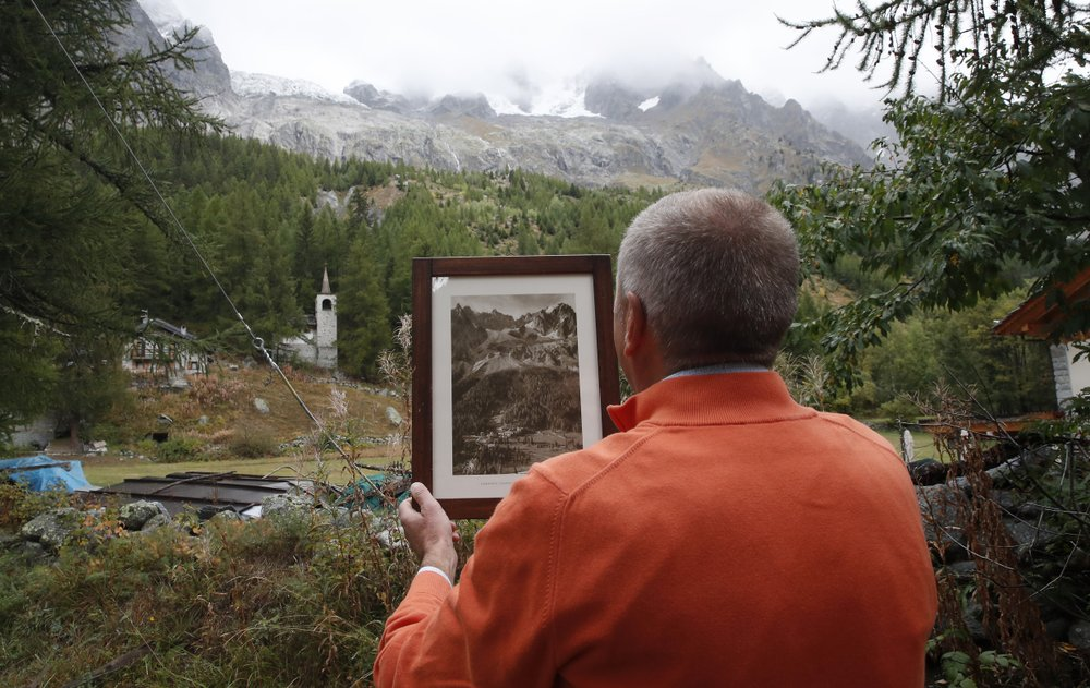Small piece of melting Italian glacier accelerates