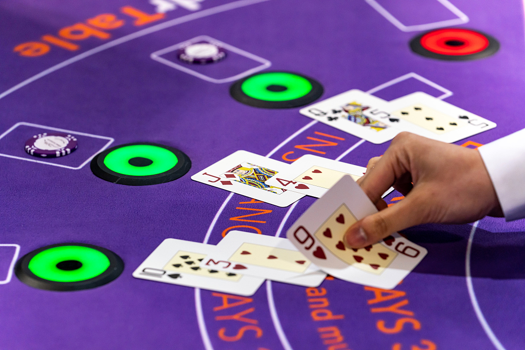 Macao's gaming revenue edges up by 0.6 pct in September