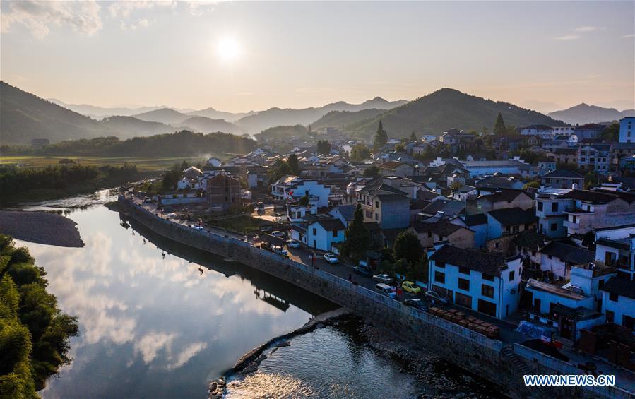 Scenery of Heqiao ancient town in Hangzhou, E. China's Zhejiang