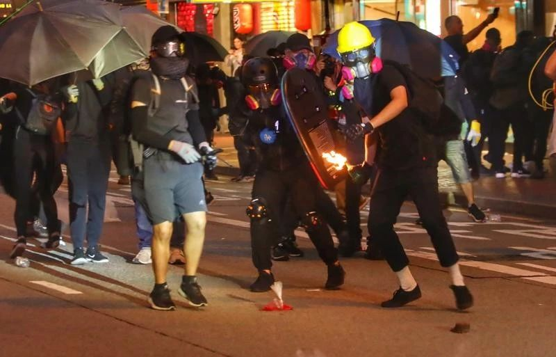 Commissioner's Office supports anti-mask law
