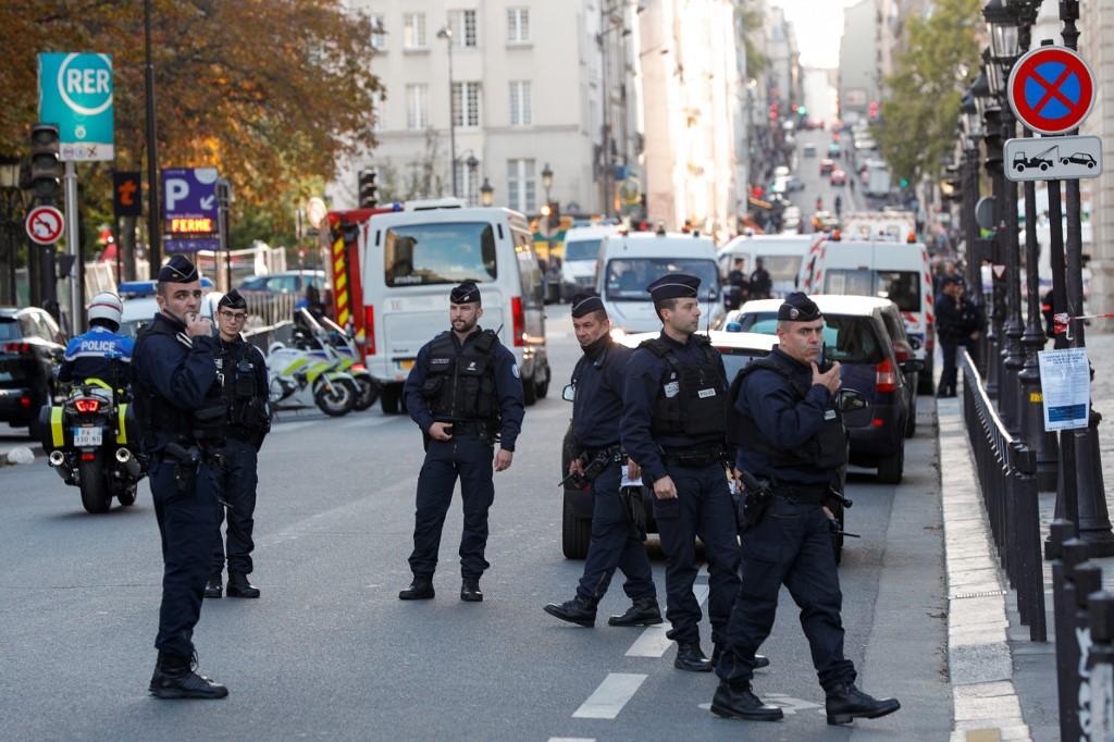 Paris police attacker had 'radical vision of Islam': prosecutors
