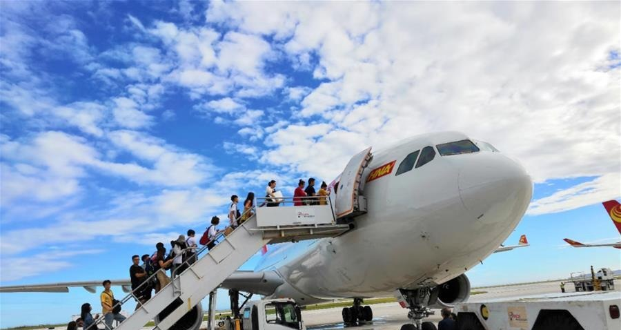 Chinese tourists spend 128 bln USD overseas in H1: report