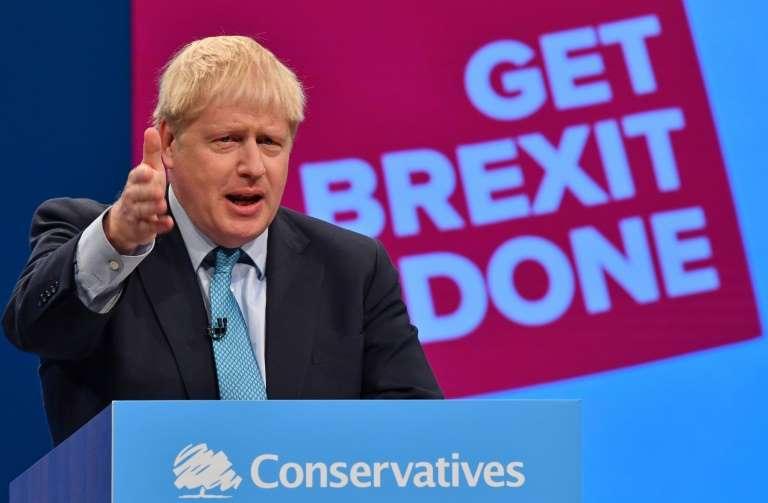 Johnson's Brexit strategy faces legal, time constraints