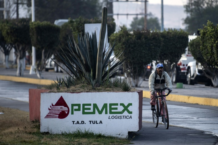 Former Pemex exec fined $165 million in Mexican graft probe