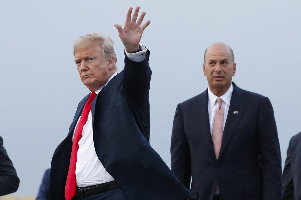 Trump bars envoy's testimony, escalating impeachment fight