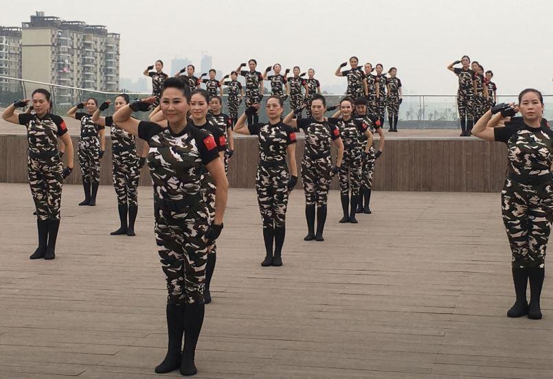 Military gymnastics gain popularity in Wuhan
