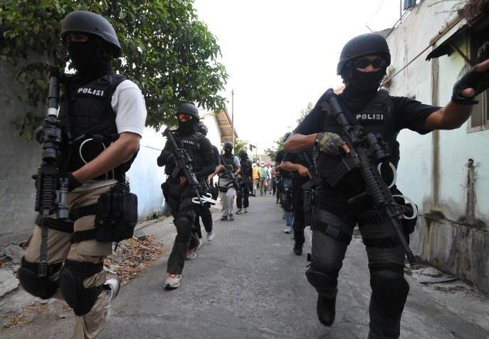 anti-terror cops indonesia (china daily).jpg