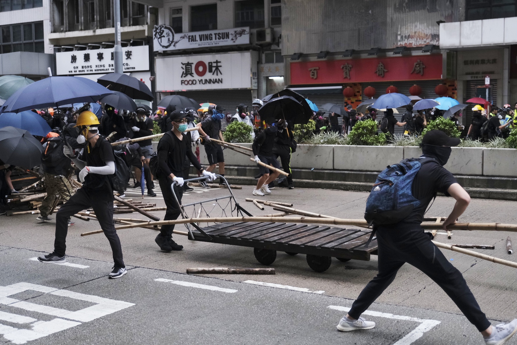 """HKSAR chief executive's office questions U.S. Senator Cruz's """"baffling"""" remarks of not seeing protesters' violence"""