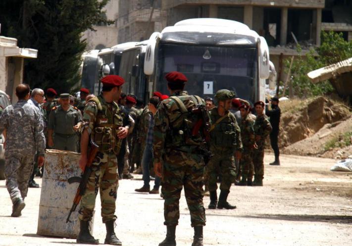 US-led warplanes target Syrian military convoy near Raqqa: monitor