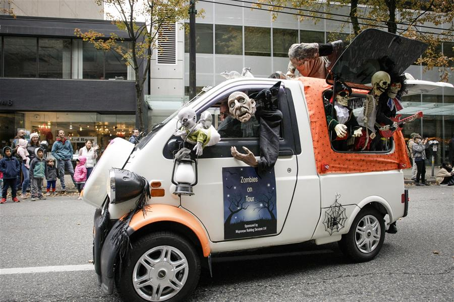 People participate in annual Halloween Parade in Vancouver