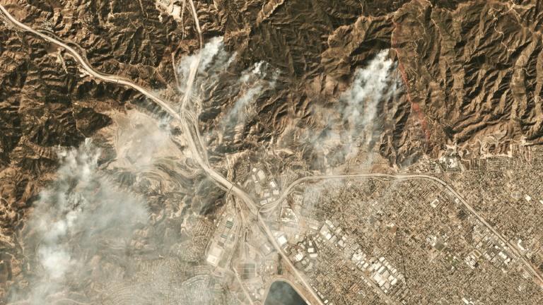 Firefighters battle southern California blazes