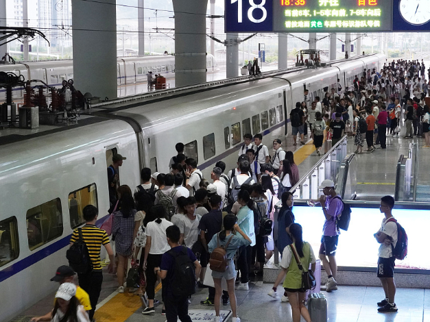 China's transportation sector maintains steady growth in September