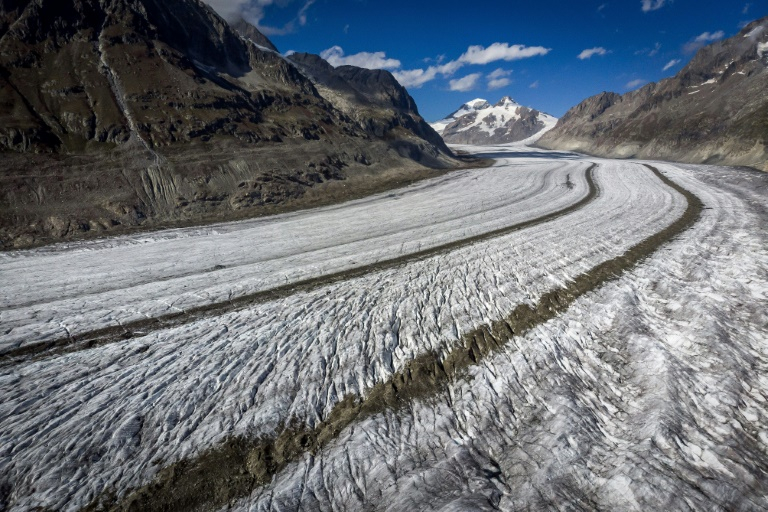Swiss glaciers shrink 10 percent in five years: study