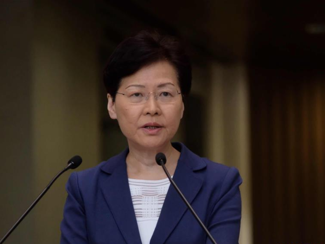 HKSAR chief executive's policy address repeatedly disrupted by opposition legislators