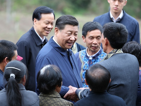 Xi stresses efforts to win battle against poverty