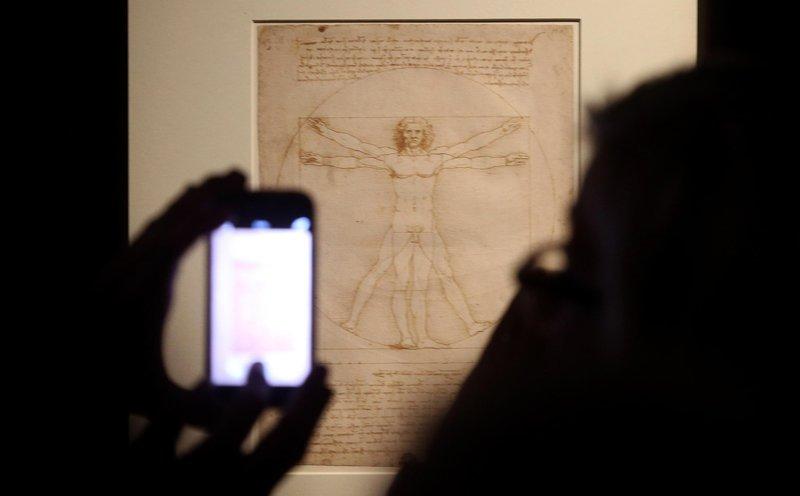 Da Vinci's 'Vitruvian Man' drawing can go on loan to Louvre