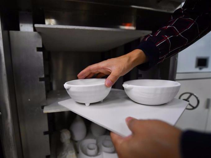 Ceramics 3D printing experience center in Jingdezhen, China's Jiangxi