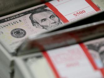 US dollar weakens amid Brexit optimism