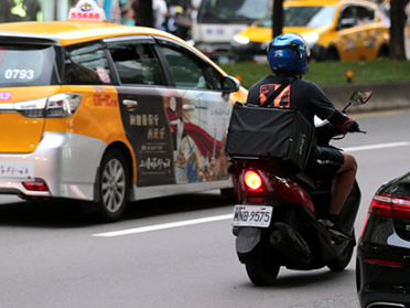 Road accidents highlight insurance concerns for Taiwan delivery drivers