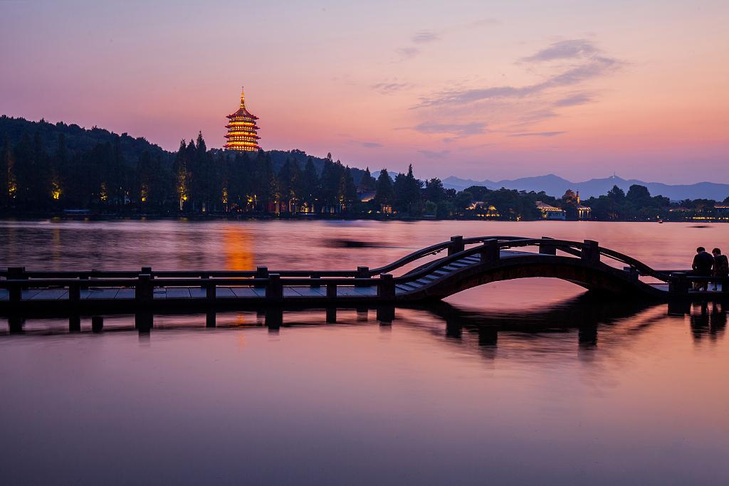 Zhejiang in 70 years: Balanced development
