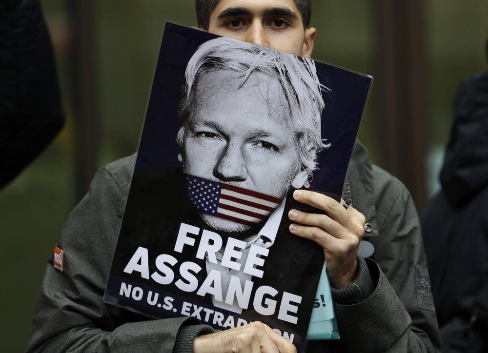 assange ap 1021.jpeg