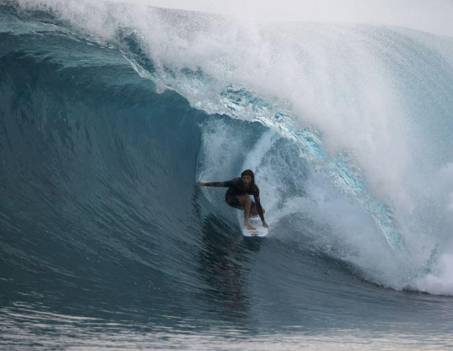 surfing (ap).jpg