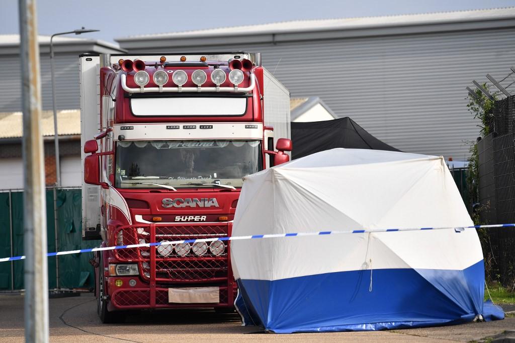 UK murder probe as 39 dead found in truck from Bulgaria