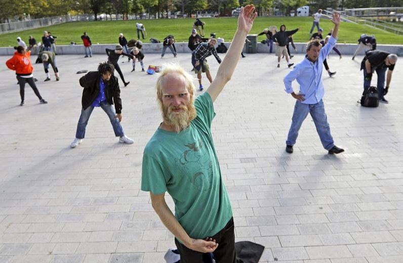 Tai chi classes for homeless bring community, stability