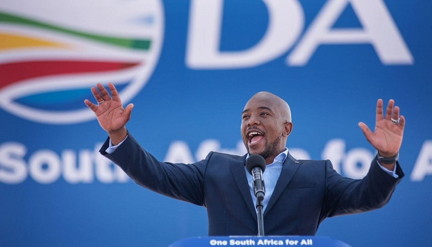 Leader of South Africa's biggest opposition party resigns