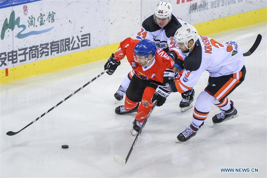 15th round match at Silk Road Supreme Hockey League: Tsen Tou vs. Yermak