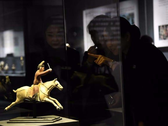 Exhibition on ancient path kicks off at Shaanxi History Museum in NW China