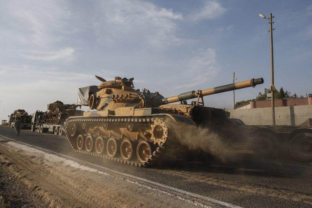Syrian army deployed in new areas near Turkish border