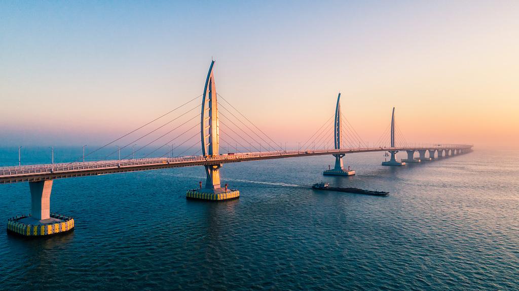 Increase in quota for private cars crossing Hong Kong-Zhuhai-Macao Bridge