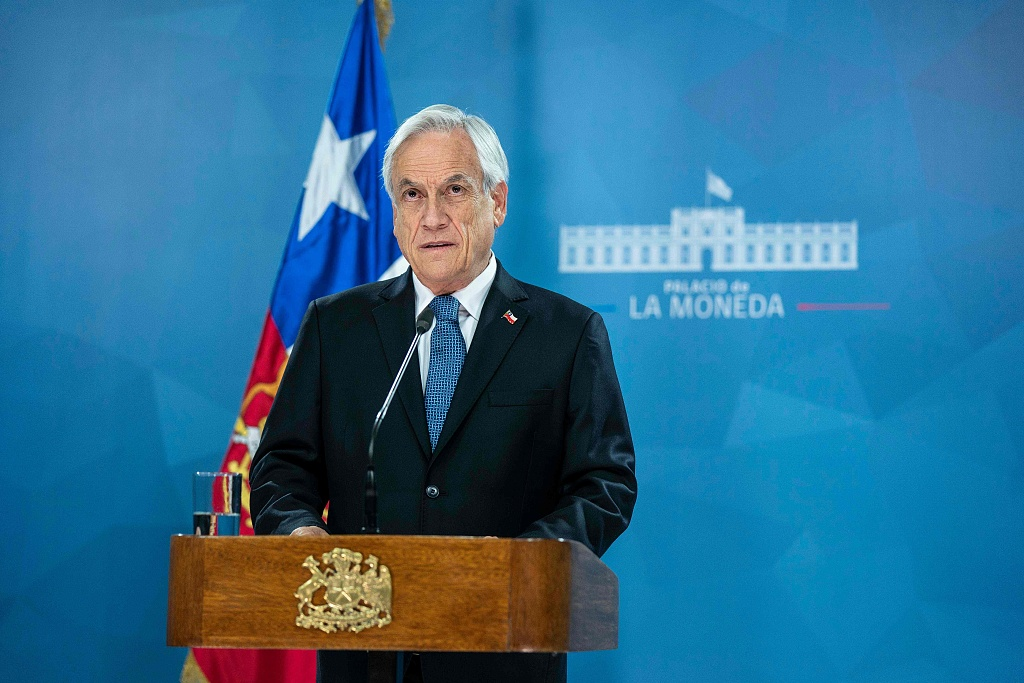 Chilean President asks all ministers to resign
