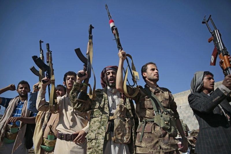 Iran's FM, Yemeni Houthi official meet in Tehran