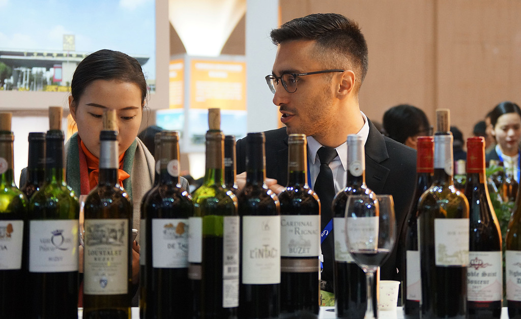101st China Food & Drinks Fair attracts over 300,000 visitors