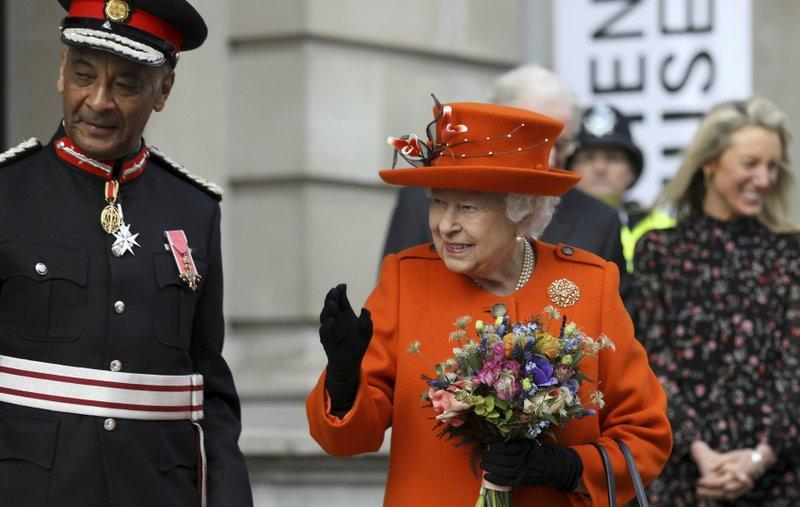 UK Queen-AP.jpeg