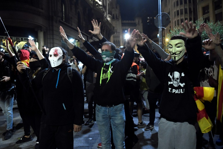 350,000 protesters flood Barcelona for separatist 'freedom' rally