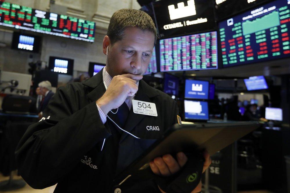 US stocks rally amid strong earnings, trade hopes