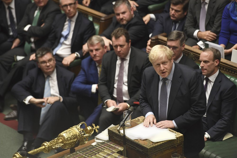UK lawmakers reject government's early election motion